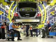 صناعة السيارات ببريطانيا تحذر من أضرار الخروج من الاتحاد الأوروبي دون اتفاق
