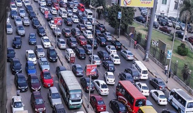 تكدس السيارات على الدائرى فى الاتجاهين وسيولة بباقى المحاور .