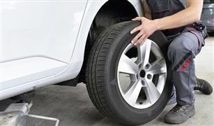 لن تتوقع الإجابة.. انخفاض ضغط إطار السيارة أم زيادته.. أيهما أخطر؟