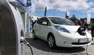 قطاع صناعة السيارات الألماني يقدم مبررات ريادته للتنقل الكهربائي في أوروبا