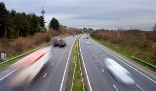 دراسة بريطانية تصدم صناعة السيارات الكهربائية للتأكيد على أنها صديقة للبيئة