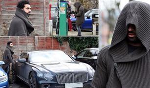 موقع إنجليزي يكشف سعر سيارة محمد صلاح وباقي نجوم ليفربول