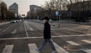شوارع هوبي خالية من السيارات بسبب كورونا.. والحكومة: لا حركة بدون تصريح