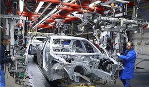 الحكومة تراجع محاور استراتيجية صناعة السيارات قبل عرضها على الرئيس السيسي