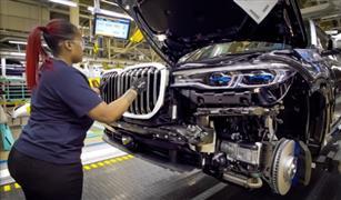 كورونا يعرقل مسيرة أمريكا للحد من هيمنة الصين على صناعة السيارات