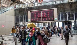 """""""النقل"""" تتخذ عدة إجراءات بعد فيديو زحام قطار الزقازيق"""