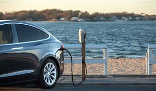 دراسة بريطانية تهدد عرش السيارات الكهربائية بإنتاج وقود صديقًا للبيئة