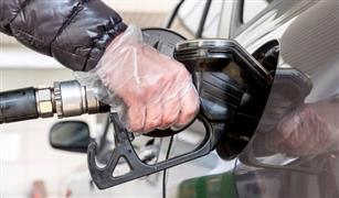في ظل أزمة كورونا.. محطات وقود بريطانية تقدم نصائح قبل ملء السيارة بالبنزين