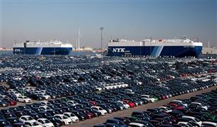 رغم وقف التراخيص.. جمارك السويس تفرج عن403 سيارات ملاكي في مارس