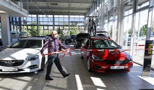 """هل سيؤثر  """"التباعد الاجتماعي"""" على حركة بيع السيارات؟"""