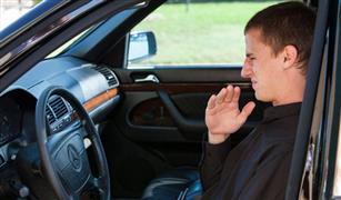 ابحث عن الكويل.. أسباب خروج رائحة كريهة من تكييف سيارتك في بداية الصيف