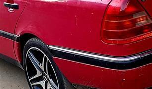 مرسيدس تفرض كلمتها غلى سوق السيارات المستعمله ..تعرف على سعر  C180 موديل 1995