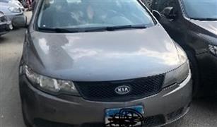 سعر السيارة كيا سيراتو مستعملة موديل 2012 في مصر