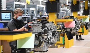 ألمانيا تتمسك بدعم الراغبين في شراء السيارات الكهربائية رغم تداعيات كورونا