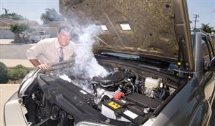 ارتفاع حرارة محرك السيارة.. 10 أسباب وراء ذلك