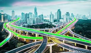 السيارات ذاتية القيادة والروبوتات الآلية تجتاح المدن الصينية قريبًا