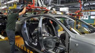 الرقابة الحدودية واختبار كورونا يثيرون مخاوف صناعة السيارات الألمانية