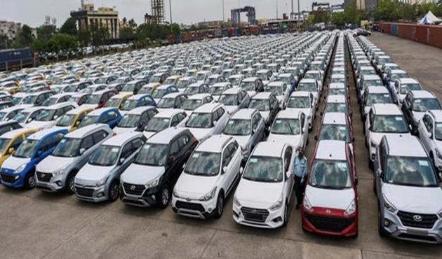 ارتفاع قياسي في مبيعات السيارات بالهند