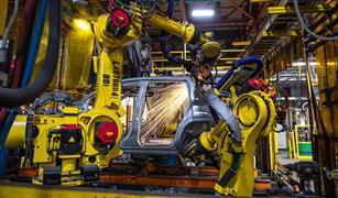 أزمة «الرقائق» تهدد إنتاج فورد من السيارات.. وتقلص أرباحها 2 مليار جنيه