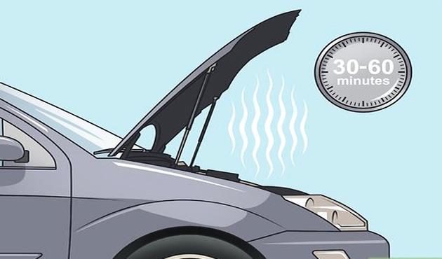 قبل الموجة شديدة الحرارة.. سخونة محرك سيارتك..كيف تتصرف معها؟