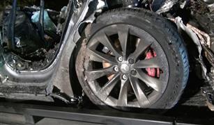 كارثة جديدة تواجه أشهر شركة سيارات كهربائية في العالم