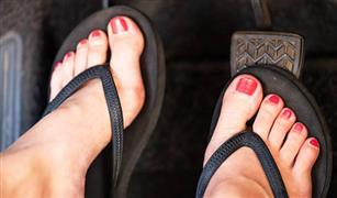 احذري ارتداء تلك الأنواع من الأحذية خلال قيادة السيارة