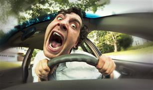 """درب نفسك على طريقة الطب النفسي.. كيف تتجنب الغضب """"لو حد زنق عليك"""" في الطريق؟"""