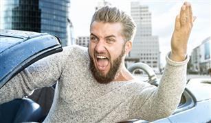 """حتى لا تفسد صيامك وانت تقود سيارتك,,""""سياسة التجنب"""" الحل الأخير لعصبية قيادة السيارة في رمضان"""