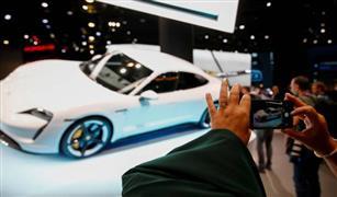 «بورشه» تستدعي 43 ألف سيارة حول العالم.. والسبب؟
