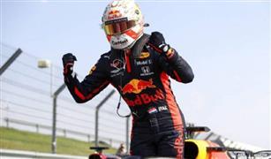 فيرستابن ينسحب من السباق البريطاني لفورمولا-1 بعد اصطدامه بهاميلتون