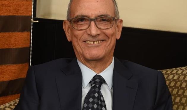 عادل خضر شاهدا على العصر: كيف نجت جنرال موتورز من الانهيار المالي الكبير في 2008؟