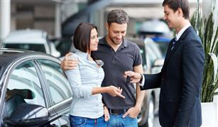 للنساء المقبلات على شراء سيارة مستعملة.. نصائح لضمان صفقة ناجحة