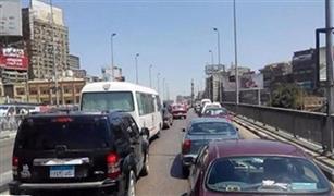 كثافات مرورية متحركة على محاور القاهرة والجيزة