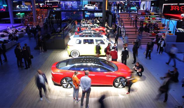 سيارات-ذاتية-القيادة-من-فورد-لتوصيل-الطلبات-إلى-المنازل